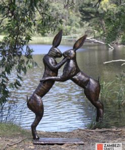 recycled metal hares kissing